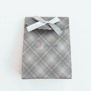 Check Pattern Gray Paper Gift Bag Shopping Bag pictures & photos