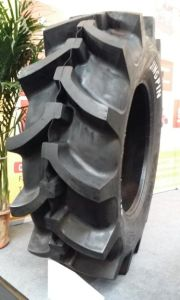 Super R-2 Harvester Tire 28L-26 14pr 19.5L-24 12pr and 18.4-30 12pr pictures & photos