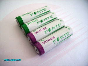 3.6V 2.4ah Lisocl2 Battery Er 14505 (ER14250/ER14335/ER34615/ER26500) pictures & photos