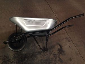 Wheel Barrow Wb6400 Galvanized Tray pictures & photos