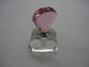 New Arrival Crystal Glass Perfume Bottle pictures & photos
