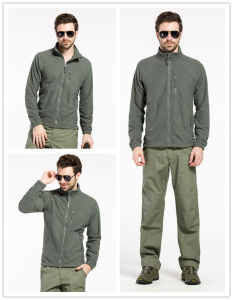 Tactical Outdoor Windproof Jacket Warm Grid Fleece Clothing for Autumn pictures & photos
