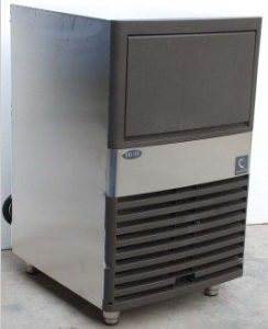 Cube Ice Maker Machine Manufactures (LLCF) pictures & photos