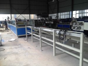 Plastic PVC Windows Profile Machine Line pictures & photos