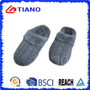 Casual Style Knit Indoor Winter Slipper (TNK36007) pictures & photos