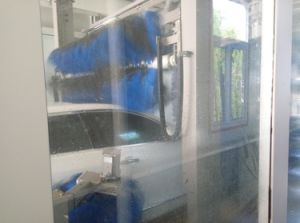Tunnel Car Wash Machine with Wheel Brushes Car Washer pictures & photos