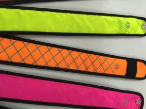 LED Slap Wrap Bracelet Reflective Pattern - LED Armband pictures & photos
