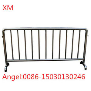 Hot Dipped Galvanized Traffic Control Barrier Removable Barriers Pedestrian Barriers pictures & photos