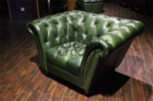 Genuine Leather Aviator Chesterfield Sofa, Chesterfield Leather Sofa for Sale pictures & photos