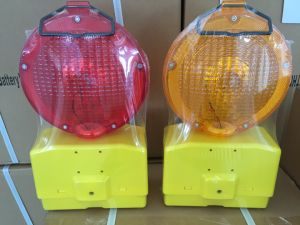 Road Warning Light with CE Certificate (S-1302) pictures & photos