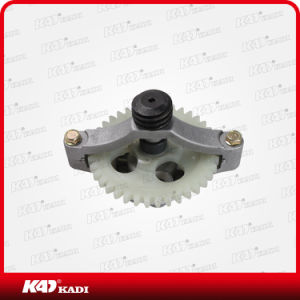 Motorcycle Part Motorcycle Engine Oil Pump for Cg125 pictures & photos