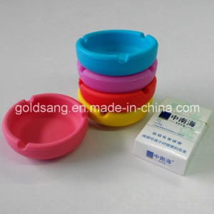 Customize Smoking Accessories Silkscreen Printing Unique Silicone Ashtray pictures & photos