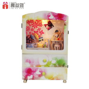 China 3D Model Wooden Toy DIY Doll House pictures & photos