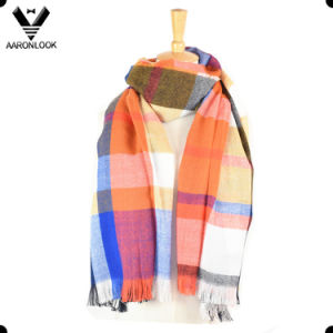 2017 Latest Multicolor Soft Acrylic Checked Plaid Scarf Pashmina pictures & photos