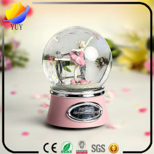 Snowglobe Snowmen Snow Globe Water Music Box (Flower Girl Music Box for Promotion Gift) pictures & photos