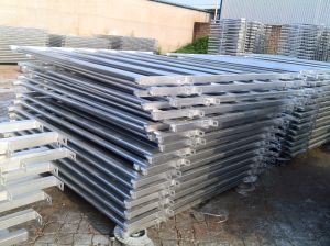 Hot Dipped Galvanized Cattle Corral Yard Panels pictures & photos