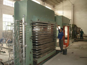 600 Tons Plywood Hot Press Machine pictures & photos