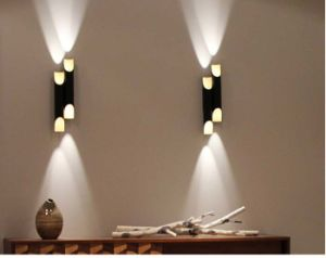 Modern Decorative White Sconce Wall Lamp Light for Corridor/Club pictures & photos