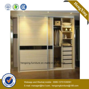 Modern Storage Furniture Solid Wood Closet Bedroom Sliding Wardore (HX-JZ009) pictures & photos
