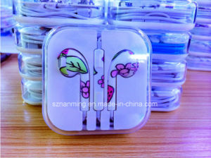 3.5mm for iPhone5 Earphone with Newest Design pictures & photos