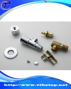 China Precision Customized Central Machinery Brass CNC Lathe Machine Parts pictures & photos