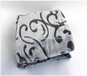 New Fashionable 3D Embossed Coral Fleece Blanket pictures & photos