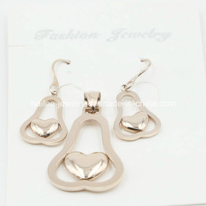 Fashion Stainless Steel Pendant and Earring Set Jewelry pictures & photos