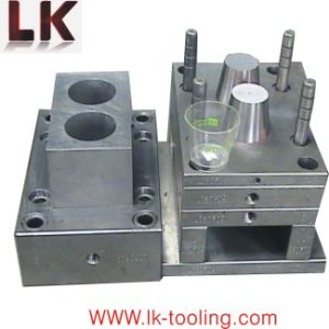 OEM High Precision Plastic Bucket Injection Moulding pictures & photos