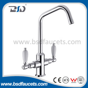 Dual Handle Brass Kitchen Stopcock Sink Mixer pictures & photos