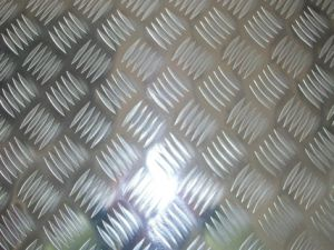 Aluminum Checkered Plate 1060 3003 3004 pictures & photos