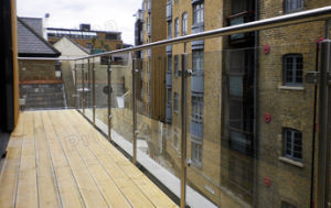 Balcony Steel Post Glass Balustrade / Steel Glass Railing pictures & photos