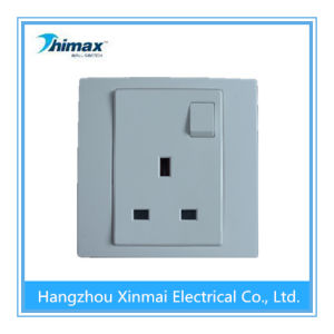 High Quality PC405wh 13A 1 Gang Switch Socket with Single Pole pictures & photos