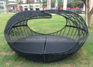 Mtc-151 Rattan Outdoor Daybed Wicker Furniture pictures & photos