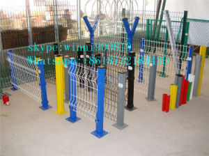 China Supplier of PVC Welded Wire Mesh Fence pictures & photos