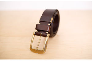 Hot Selling Fashion Genuine Hig-End Leather Men′s Belt