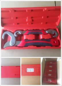 Red Plastic Case Storage Magic Wrenches 9-32mm (JD16932) pictures & photos