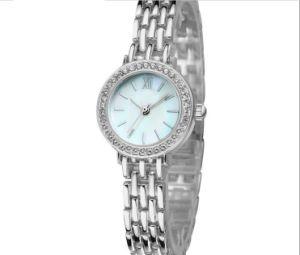 Quartz Movement Water Resistant Lady Fashion Brecelet Watch pictures & photos