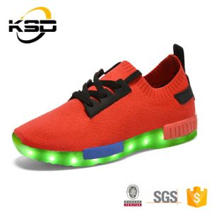 Kid Sneaker LED Light up Shoes Flyknit Shoe Light for Children pictures & photos