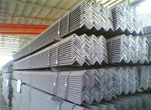 GB / JIS High Quality Angle Steel pictures & photos