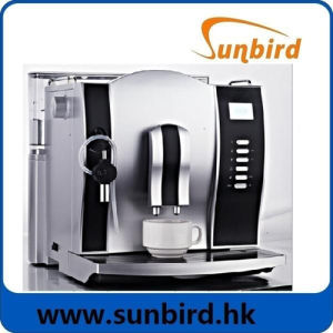 Fully Automatic Coffee Machine with Plastic Housing and LCD Display pictures & photos