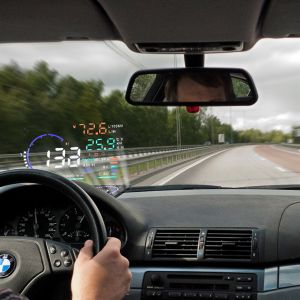 A8 5.5 Inch OBD Car Hud Head up Display Odb2 Windows Screen Projector Speed Warning System Consumption Data Diagnosis pictures & photos