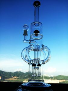 """The Atomic Nucleus"" 8 Arm Recycler Rocket Shape Glass Smoking Water Pipe pictures & photos"