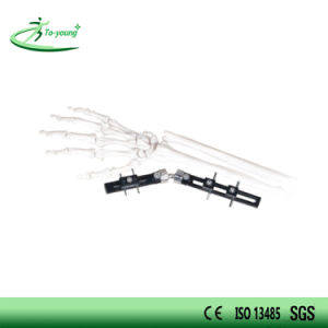 Straight Pin Type Wrist External Fixator pictures & photos