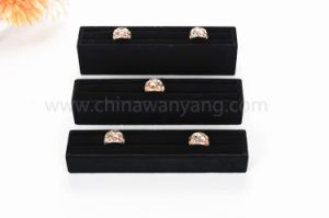 Hot Sale Velvet Material Ring display Holder pictures & photos