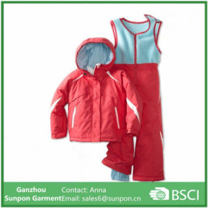Winter Warm Coat Ski Outfit for Girl pictures & photos