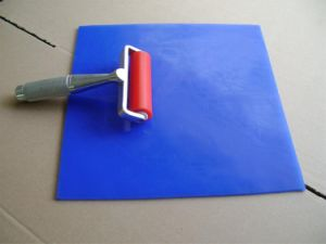 Blue Silicone Washable Sticky Mat pictures & photos
