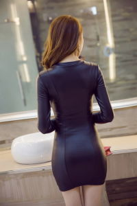 Custom-Made Women′s Super Sexy PU Leather of Dress pictures & photos