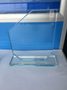 Fwgt-04 Glass Trophy Cheap Trophy Clear Award for Gift pictures & photos