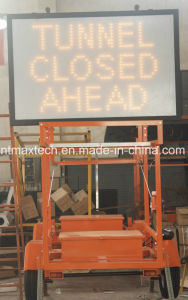 Solar Powered Message Traffic Sign Trailer with Manual Winch Fold System pictures & photos