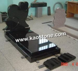 Black Granite Stone Carving Monument for Cemetery pictures & photos